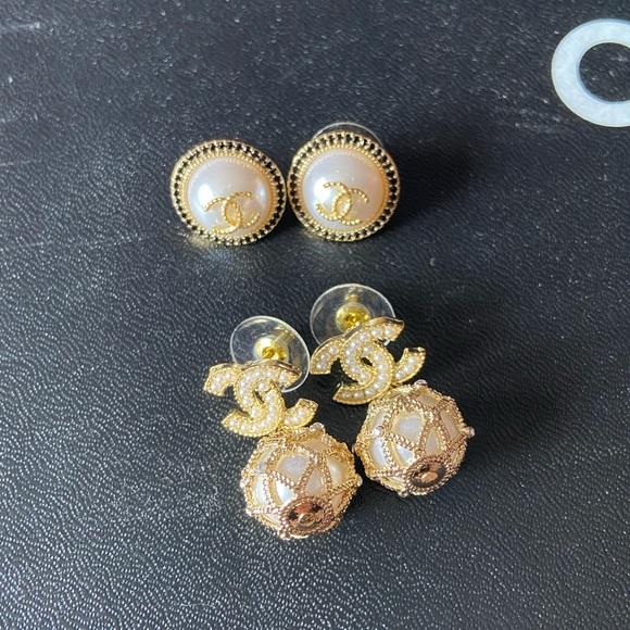 Set of 2️⃣ Chanel Earring